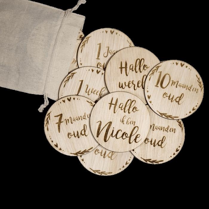 Mijlpaal schijven voor uw baby met naam en zak